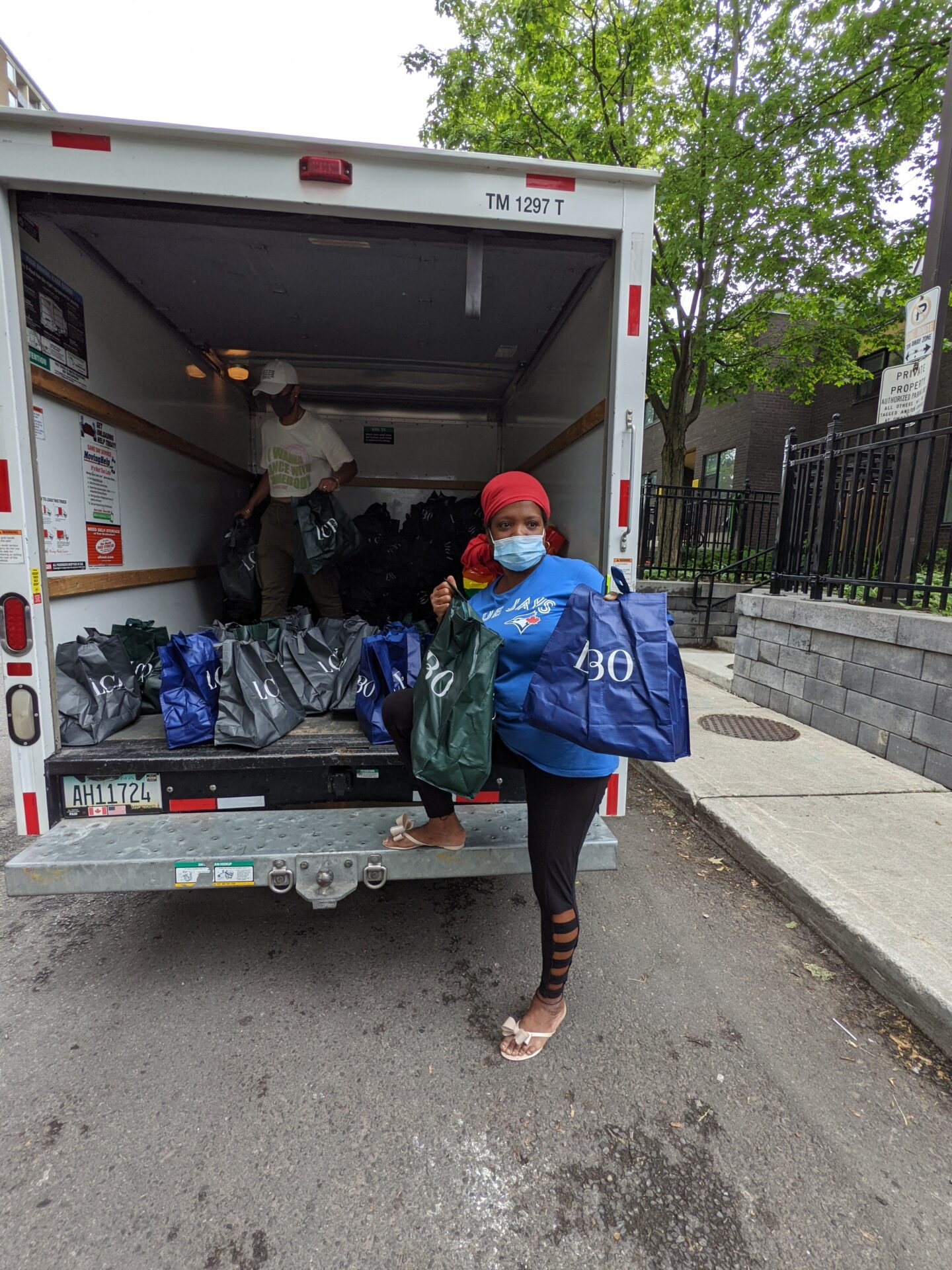 Offloading bags to the community